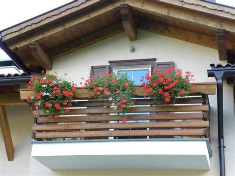 ringhiera in legno per esterno complementi d arredo interno ed esterno