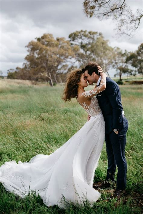 prove wind   wedding photographers