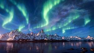 Create The Aurora Borealis Over Mountains   Blender