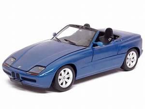 Bmw Z1 Prix : bmw z1 e30 1988 minichamps 1 18 autos miniatures tacot ~ Gottalentnigeria.com Avis de Voitures