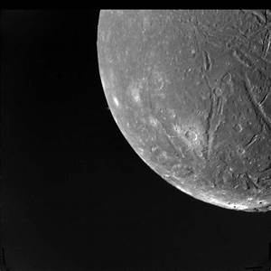 Space Images | Ariel at Voyager Closest Approach