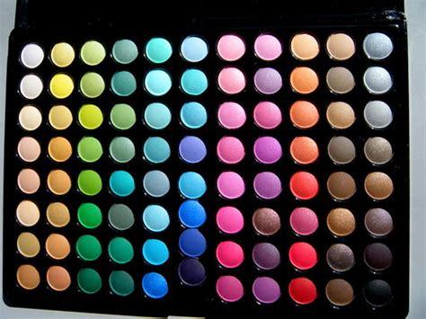 Sariayu Make Up Pallete make up palette make up