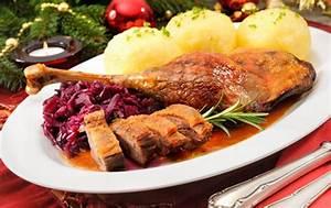 Weihnachtsessen In Deutschland : martinigansl mit rotkraut kn del rezept ~ Markanthonyermac.com Haus und Dekorationen