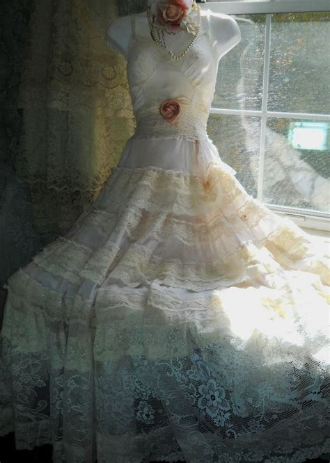 wedding dress shabby chic shabby chic wedding dresses oh so pretty pinterest