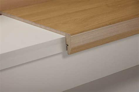 revetement escalier en bois lovely revetement pour escalier bois 3 coll 233 r 233 novation descalier lino u0026 balatum