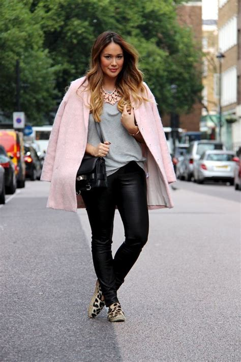 5 ways to wear leather pants in spring if you are curvy - curvyoutfits.com