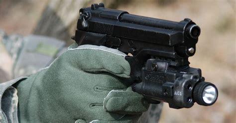 best pistol light best pistol lights of 2018 top 14 weapon mounted lights