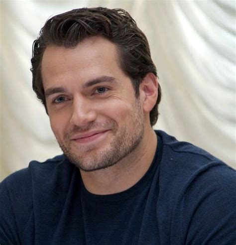 Pin by Melodie Garcia on Ah, Cavill the most gorgeous ...