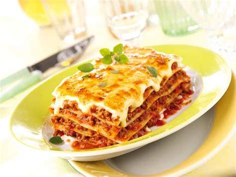 cuisiner des lasagnes lasagnes à la bolognaise recettes a cuisiner le