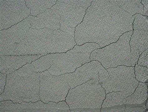 Risse Im Putz Beseitigen by Risse Im Putz Ausbessern Acryl Risse In Der Wand Mit