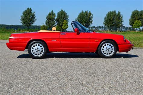 Alfa Romeo Spider 20 Kopen? Bel Lex Classics 0416 342 474