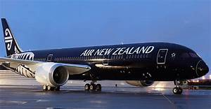 Top 10 Airlines in the World 2018 - TripAdvisor Travellers ...