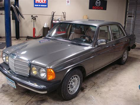 Also have a freshly rebuilt transmission to go along with the engine. 1985 Mercedes 300D Turbo Diesel Anthracite Grey with Palomino interior - Classic Mercedes-Benz ...