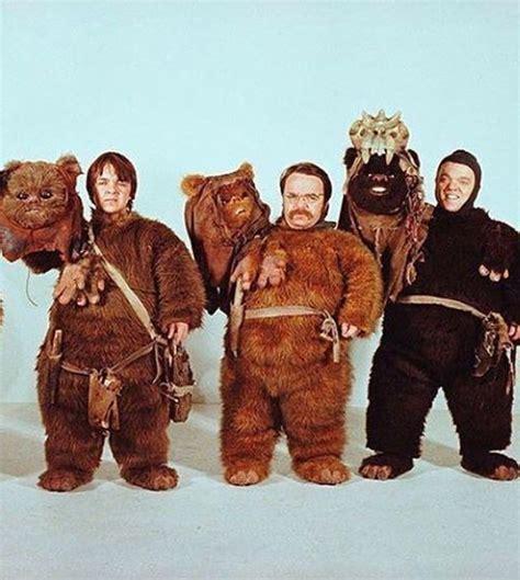 Ewok   Star Wars Gifts 2020   Kriegerin, Star wars, Krieg ...
