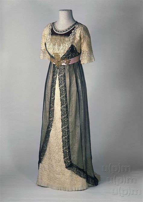 evening dress ca 1910 from the museum of decorative arts