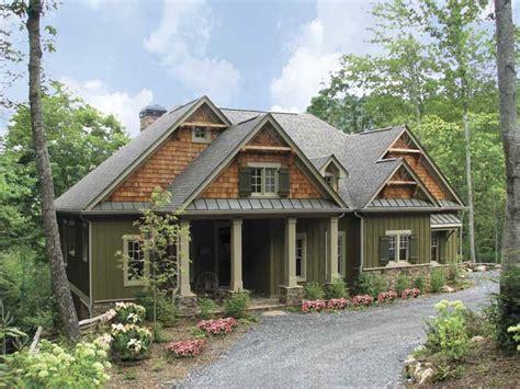 craftsman home photos 1 997 square 2 bedroom