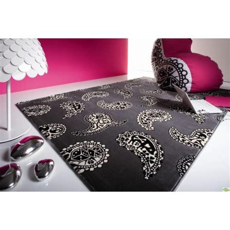 tapis chambre à coucher tapis design pas cher tapis salon contemporain meubles