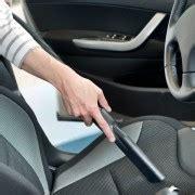 comment nettoyer des sieges en cuir de voiture comment restaurer les sièges en cuir de votre voiture trucs pratiques