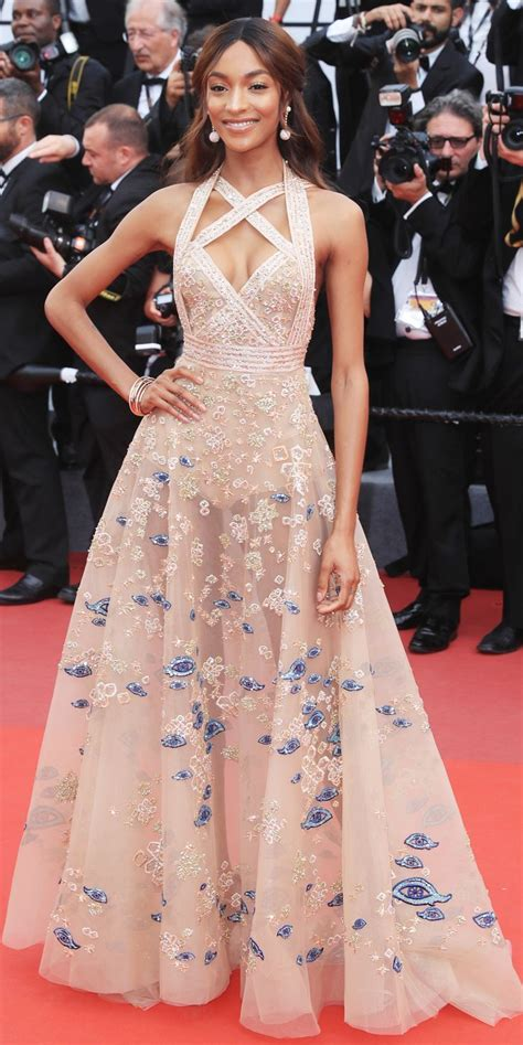 Best 25+ Red Carpet Dresses Ideas On Pinterest Red