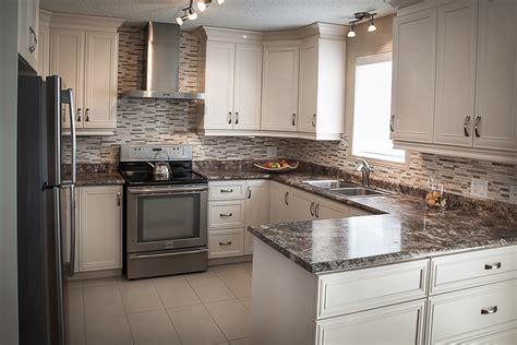 dessus de comptoir de cuisine pas cher maison design bahbe