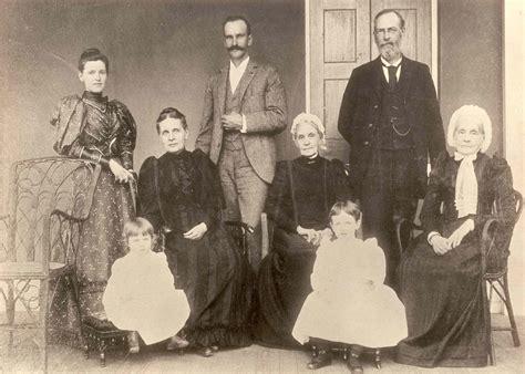 Illuminati 13 Families by The Secrets Of The Illuminati 13 Bloodlines Of The