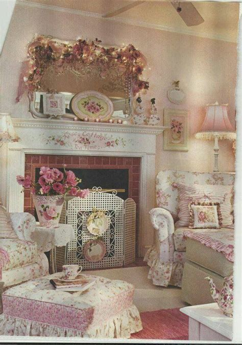 shabby chic mantle best 25 shabby chic mantle ideas on pinterest shabby chic fireplace shabby chic mantel and