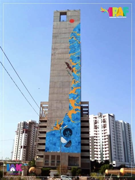 worlds tallest art mural unveiled  karachi