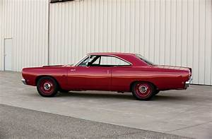 1968 Plymouth Road Runner - Road To Stardom