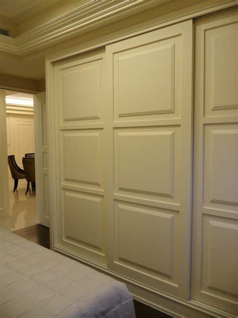 Beach Cottage Kitchen Ideas - sliding closet door bedroom beach with armchair bed skirt beige beeyoutifullife com