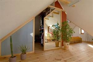 Begehbarer Kleiderschrank Dachgeschoss : wunderbar dachschrgen begehbarer kleiderschrank fotos die besten einrichtungsideen ~ Sanjose-hotels-ca.com Haus und Dekorationen
