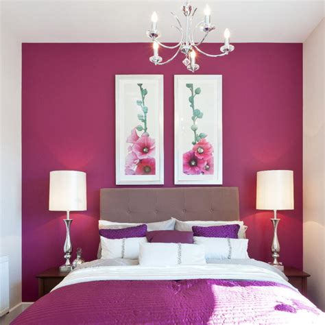 purplered  white bedroom home decorating ideas