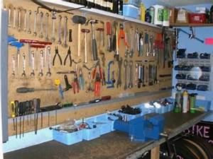 Atelier De Bricolage : idee atelier bricolage young planneur ~ Melissatoandfro.com Idées de Décoration