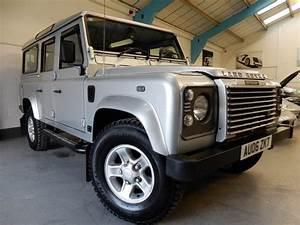 Land Rover Defender 110 Td5 : land rover defender 110 110 td5 xs station wagon silver ~ Kayakingforconservation.com Haus und Dekorationen