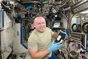 NASA is sending a 3D printer and a fire starter to the ISS ...
