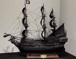 BLACK PEARL PIRATE OF CARIBBEAN SHIP (end 7/26/2017 3:15 PM)