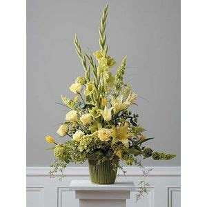 sympathy  funeral flowers   service hiway flowers