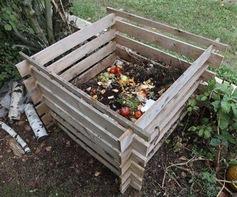 petit composteur de cuisine cuisine toitot maison autonome habitation autonomie