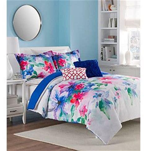 watercolors comforter  flower  pinterest