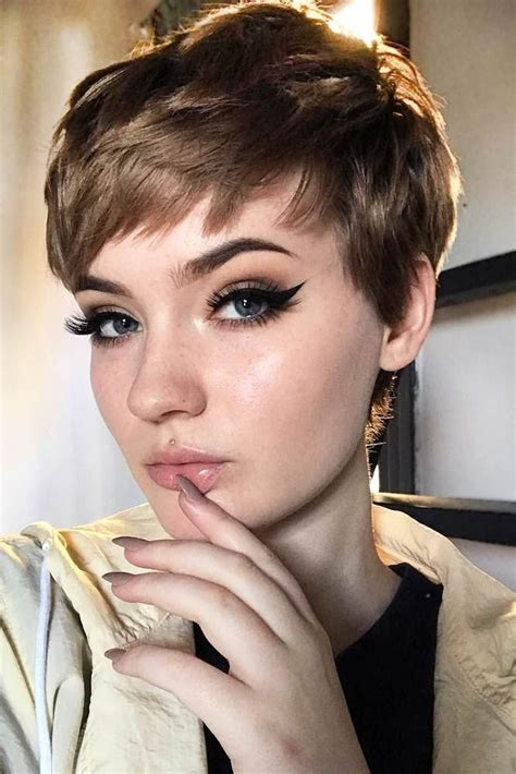 30 The Best Women Short Pixie Haircut Ideas (With images