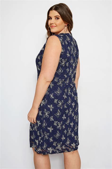 Izabel Curve Kleid Mit Schmetterlingen  Dunkelblau, Große