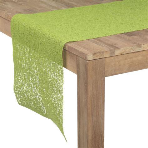 deco table vert anis chemin de table vert anis anis noodle les chemins de table linge de table linge de