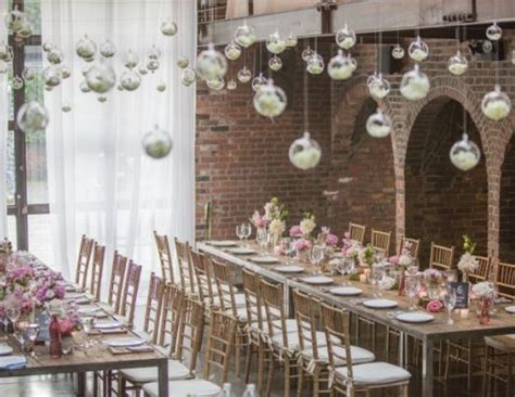 Simple Vintage Wedding Decor Ideas Combined With Classic
