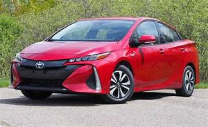 2019 Toyota Prius May Wear Prius Prime Inspired Looks