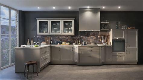 cuisine meubles gris quelles couleurs pour les murs d 39 une cuisine aux meubles