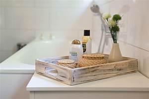 Deko Für Badezimmer : tablett serviertablett tischkorb akazienholz tablo ~ Watch28wear.com Haus und Dekorationen