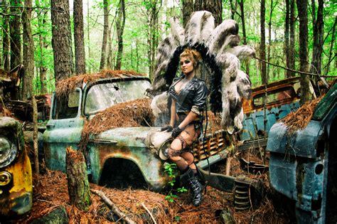 Nikki Nuke'm At Old Car City Usa