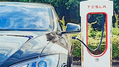 View How Much Does A Tesla Car Battery Cost Images