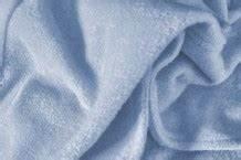 Schimmelflecken Aus Stoff Entfernen : schimmel stockflecken entfernen waschtipps von frag mutti ~ Orissabook.com Haus und Dekorationen
