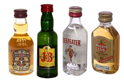 alcool cuisine bouteille d alcool table de cuisine