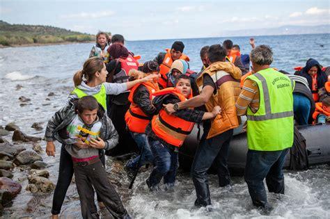 Pētījums: kā laikraksti Eiropā atspoguļoja bēgļu krīzi